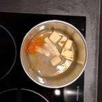 Faire chauffer doucement le sirop avec tous les ingrédients.