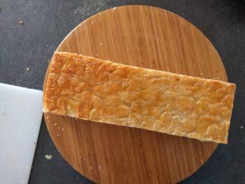 Alterner les couches de crème et de pâte feuilletée