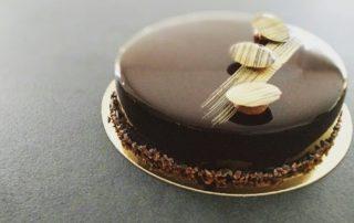 Entremet chocolat et café doux