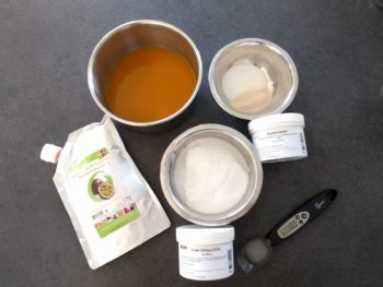 Préparer tous les ingrédients pour la pâte de fruits à la passion
