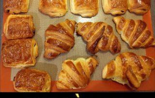 Cours de viennoiseries à Paris : chocolatines, pains au chocolat et croissants !