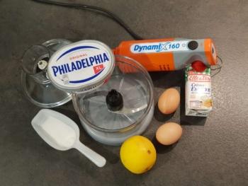 Préparer tous les ingrédients pour réaliser cet appareil à cheesecake
