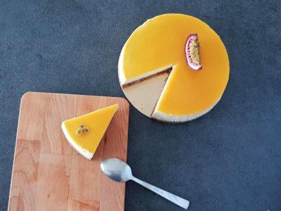 Réserver au frais et votre cheesecake fruit de la passion est prêt à déguster !