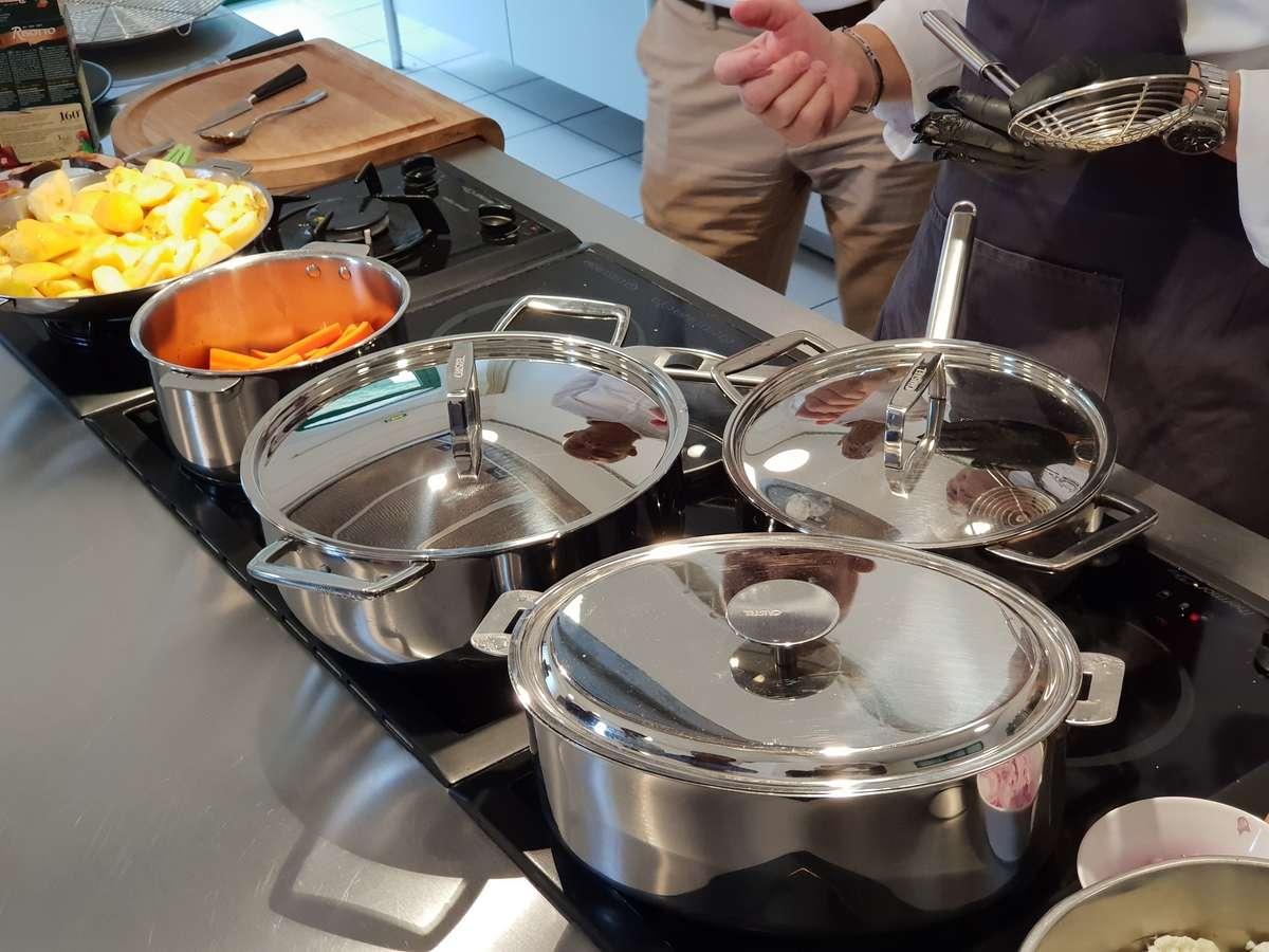 Cours de cuisine avec les casseroles inox 18/10 de Cristel