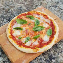 Recette De La Pate A Pizza Croustillante Moelleuse Mapatisserie Fr