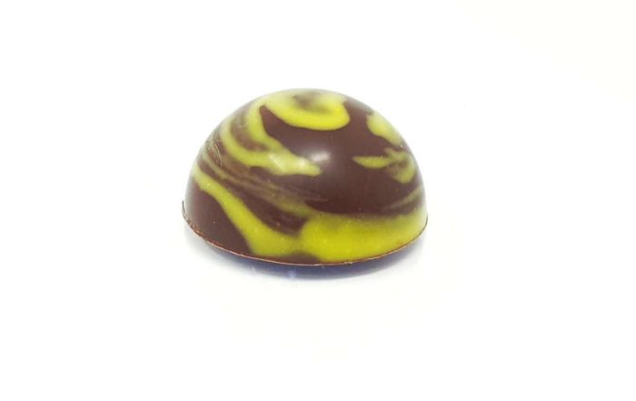 Chocolat fourré à la ganache Kalamansi