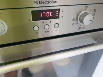 Préchauffer votre four à 170-175°C chaleur tournante